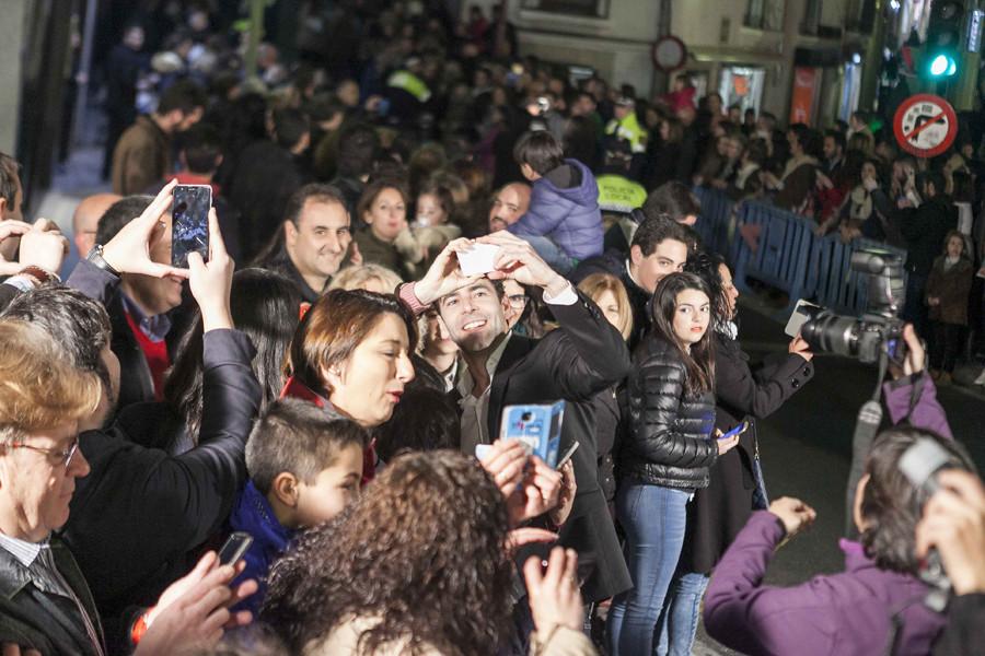 Un autobús solidario de cine traslada de Madrid a Cáceres a premiados e invitados de la gala de los San Pancracio 2017