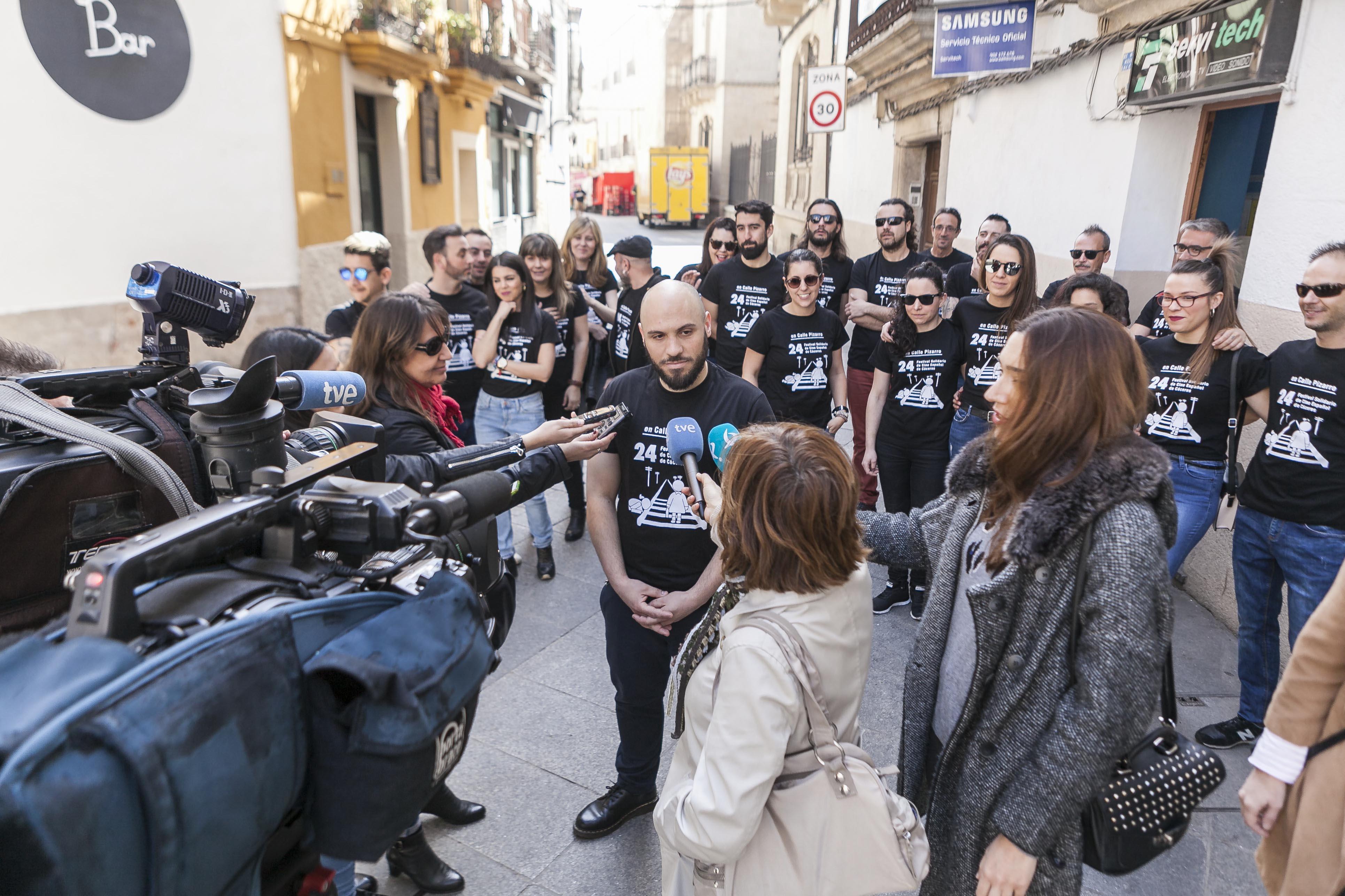 La zona de Pizarro vuelve a convertirse este fin de semana en la Calle del Cine Español